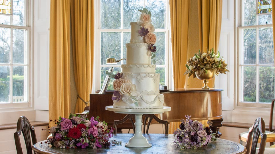 Wedding Cake Design Suffolk And Essex Amelies Kitchen